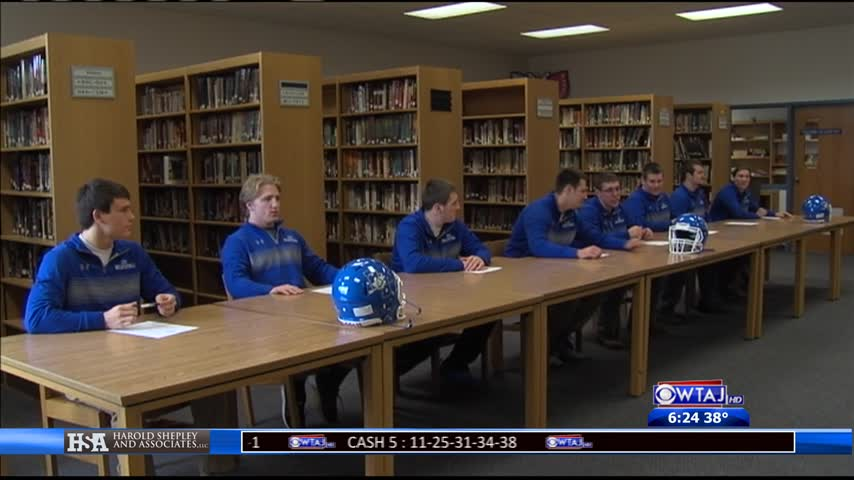 Berlin sees eight Mountaineers sign_20160321224519
