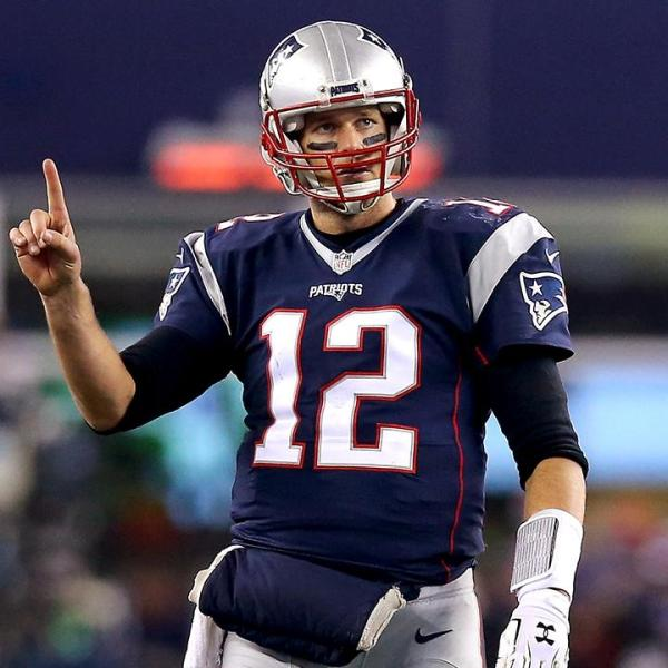 Tom Brady signs two-year extension for -41 million_70265260-159532