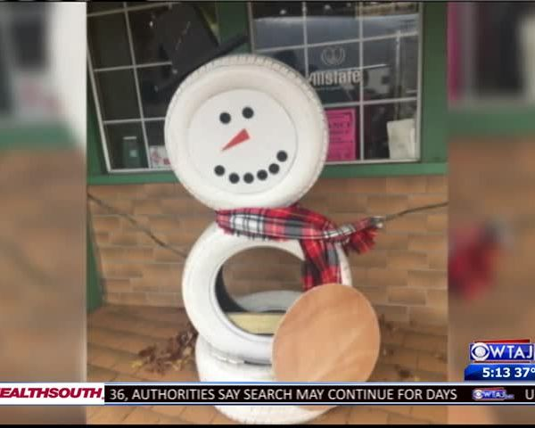 Call For Cameras After Decorations Vandalized_60891393-159532