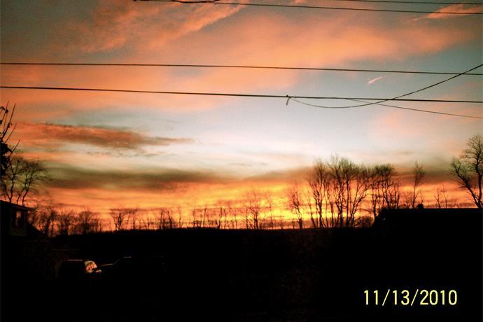 November Sunrise_2000290139835942737