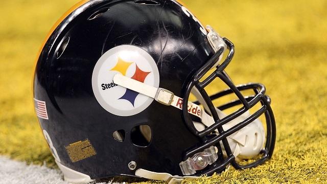 Pittsburgh-Steelers-helmet-Ronald-Martinez-Getty-Images-jpg_70198_ver1_20170123005000-159532