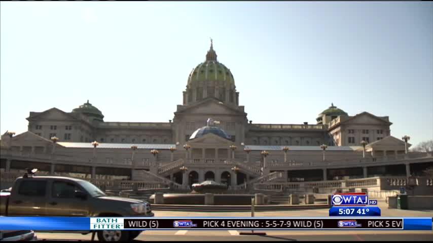 Unemployment call center bill passes