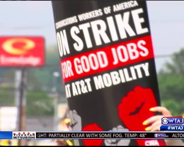 At-t employee strike_52810174