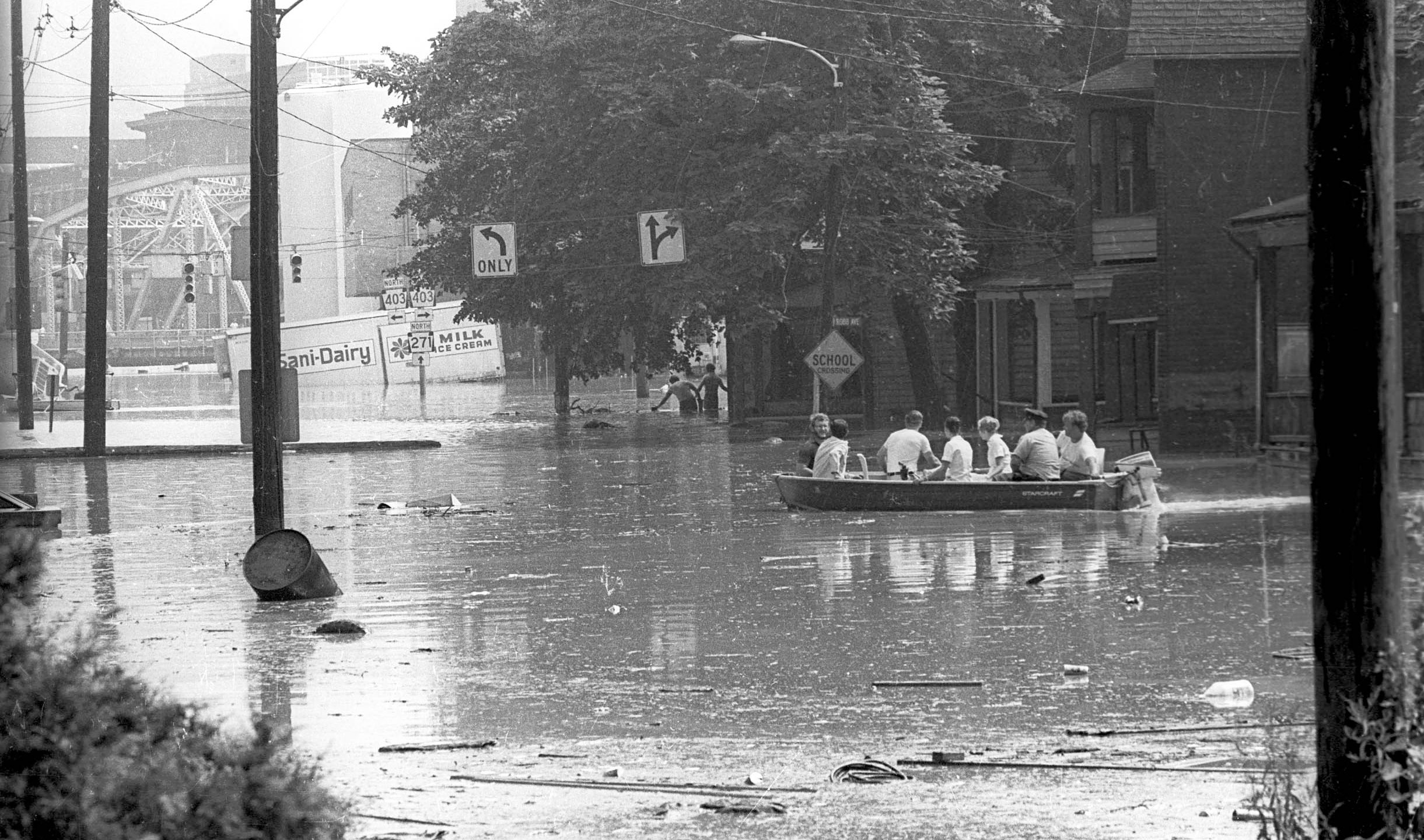Reporter remembers covering the '77 flood