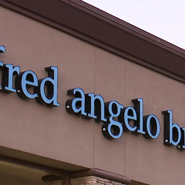 Alfred Angelo Bridal store sign-159532.jpg37440397