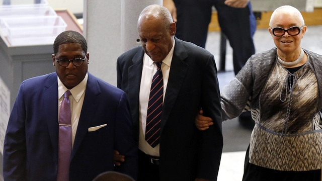 Bill Cosby with wife entering court_22850945_ver1.0_640_360_1503419115892.jpg