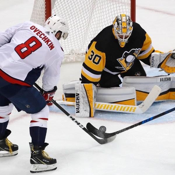 Capitals_Penguins_Hockey_71233-159532.jpg74825688