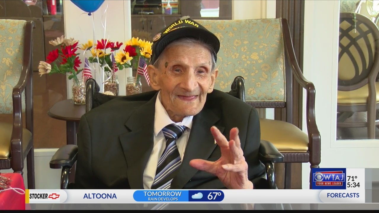 WW2_Vet_Celebrates_102nd_Birthday_0_20180517214409