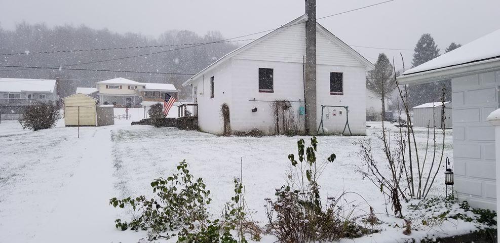 Snow in Williamsburg 1_1542313292253.jpg.jpg