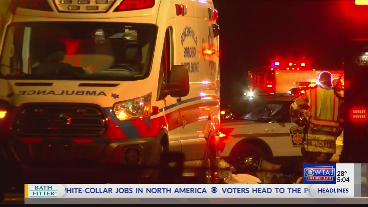 Two_killed_in_three_vehicle_crash_0_20181127221118