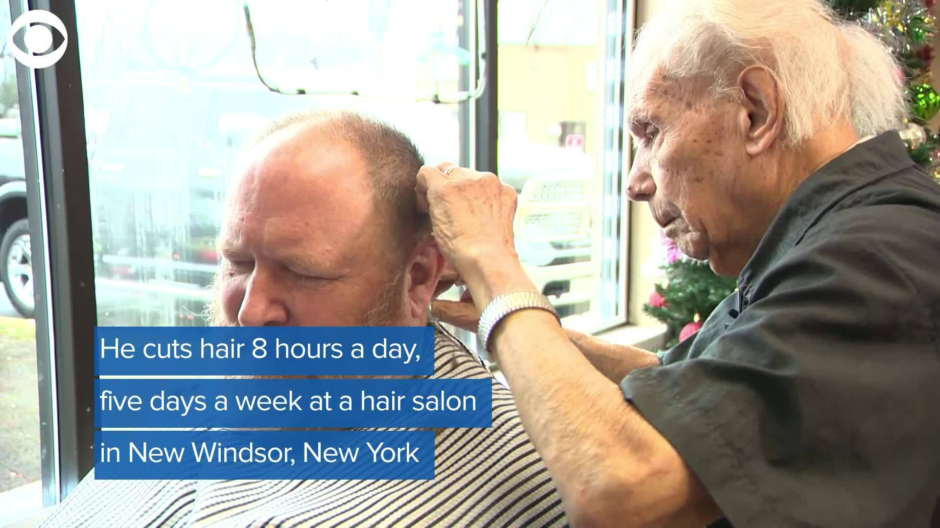 WEB_EXTRA__World_s_oldest_working_barber_3_20181226170728