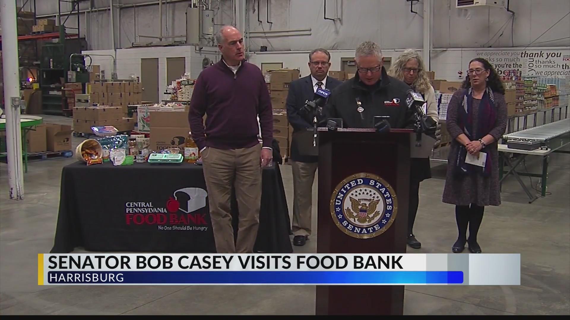 Senator_Bob_Casey_visits_food_bank_0_20190124181929