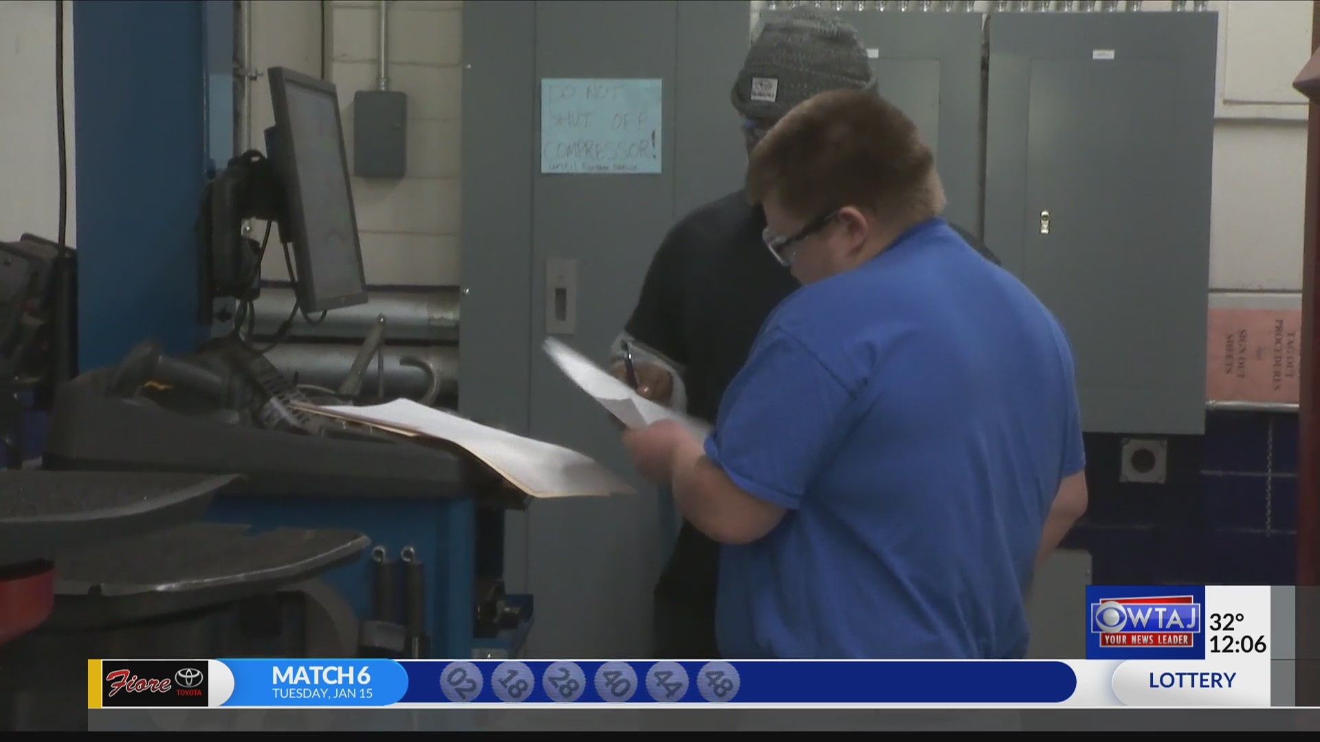 Students get hands-on experience in automotive industry