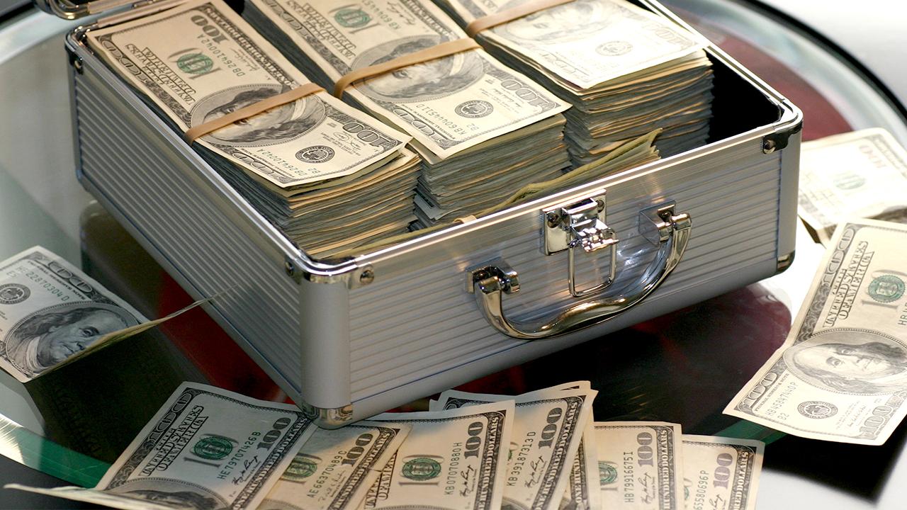 money-million-dollars-cash-finance-taxes_1522777440758_357365_ver1_20180404054503-159532