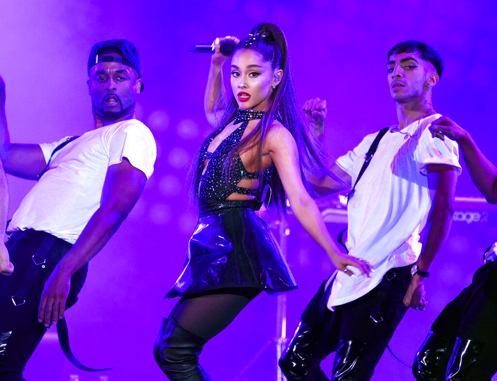 Grammys-Ariana Grande_1549849541697