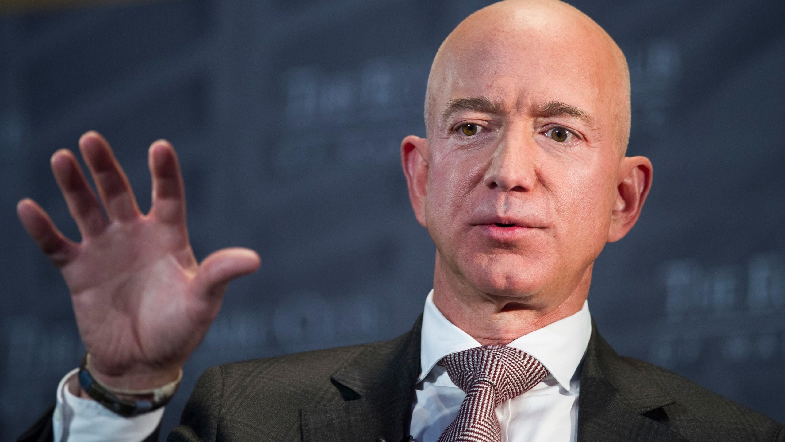 Jeff Bezos National Enquirer_1549634084048