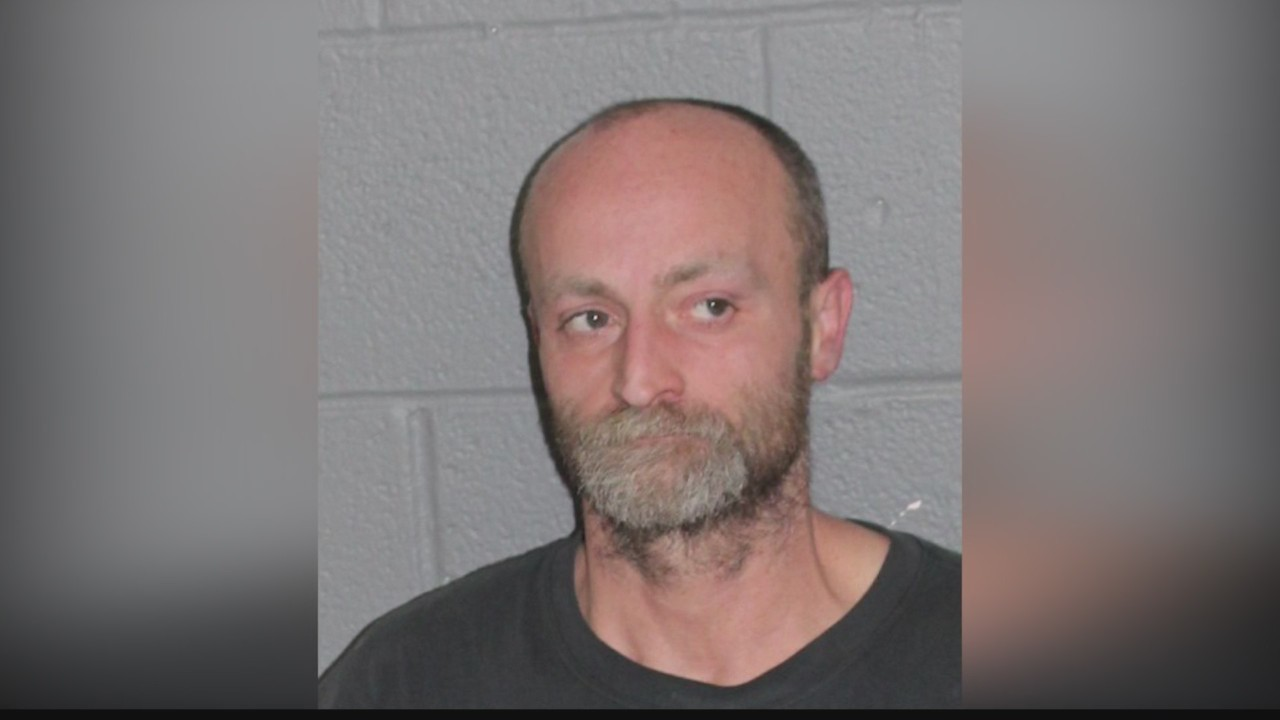 Man_arrested_for_arson_0_20190206173259