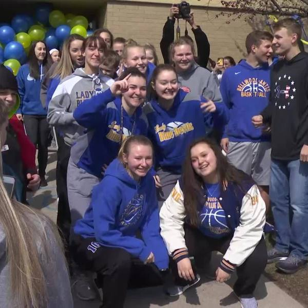WTAJ_Originals__Bellwood_girls_basketbal_0_20190320192301
