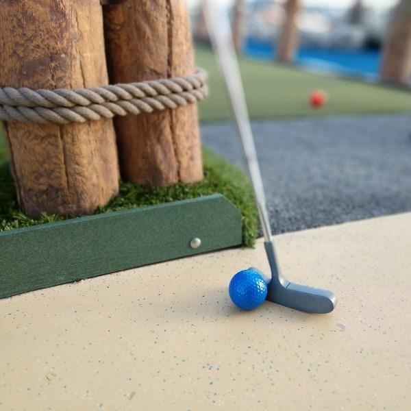 mini golf_1556658603117.jpg.jpg