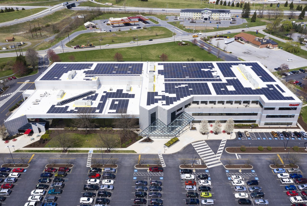 thumbnail_GIANT solar roof 1_1556221622936.jpg.jpg