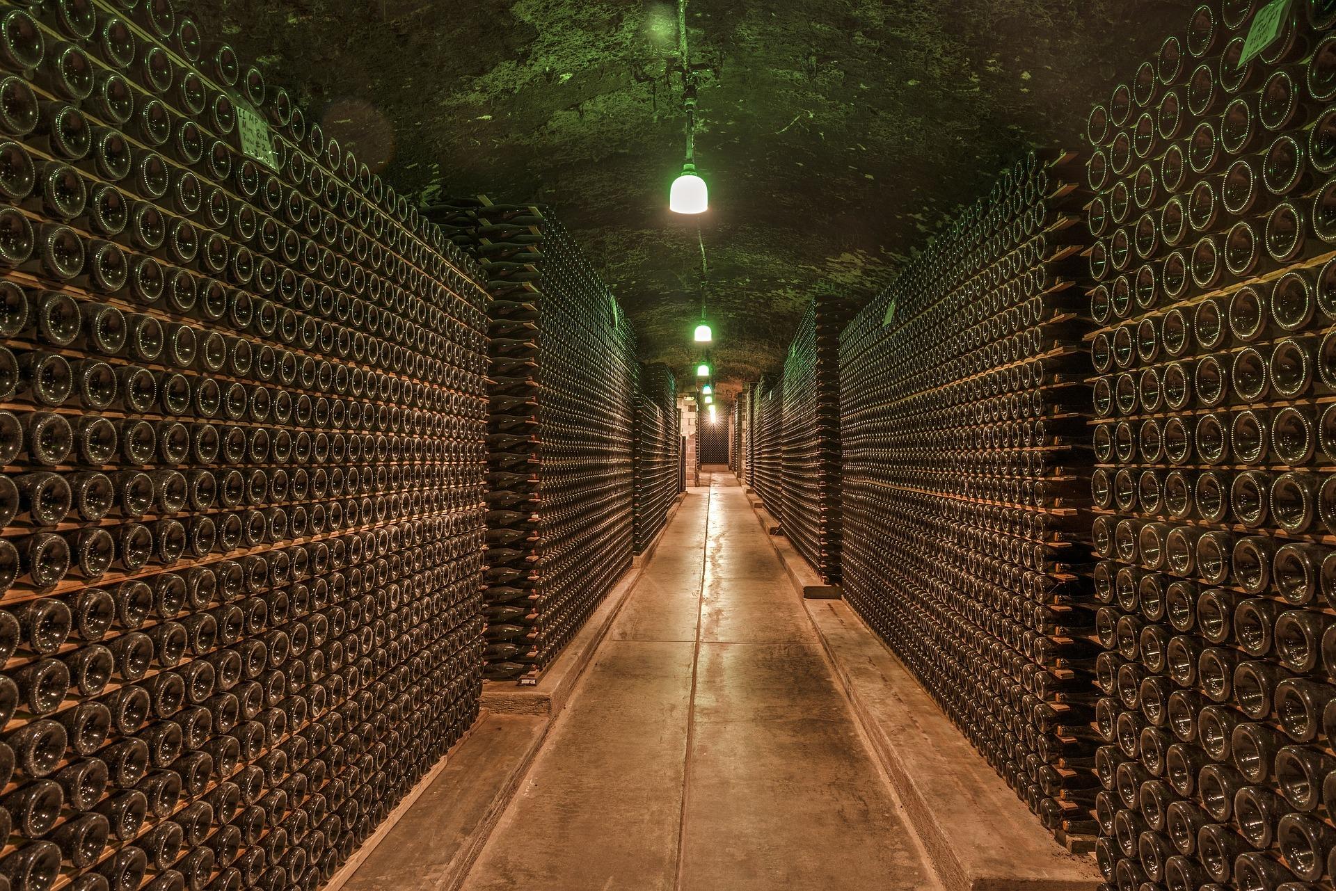 wine-cellar-1329061_1920_1556043063806.jpg