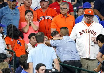 APTOPIX Cubs Astros Baseball_1559274511647