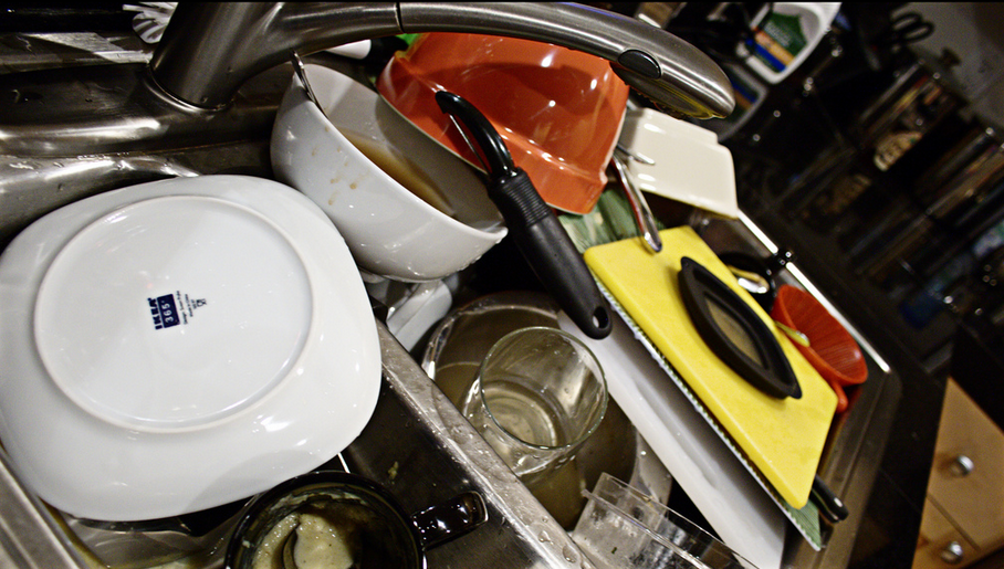 dirty-dishes-sink_1522927682379.png