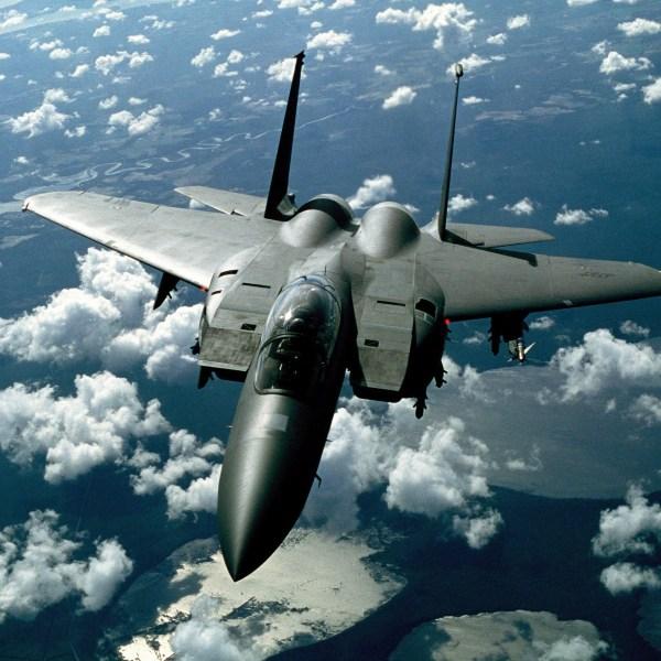 fighter-jet-1013_1920_1558054819295.jpg