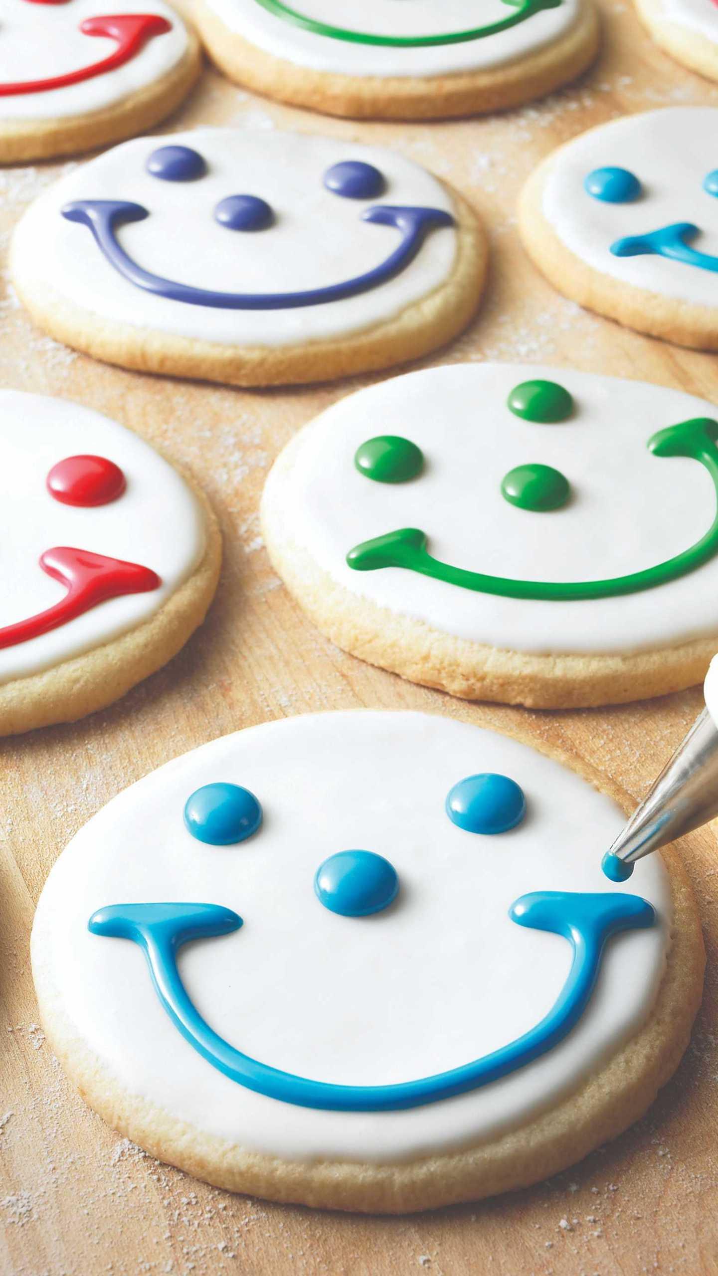 Smiley cookies_1560210363409.jfif.jpg
