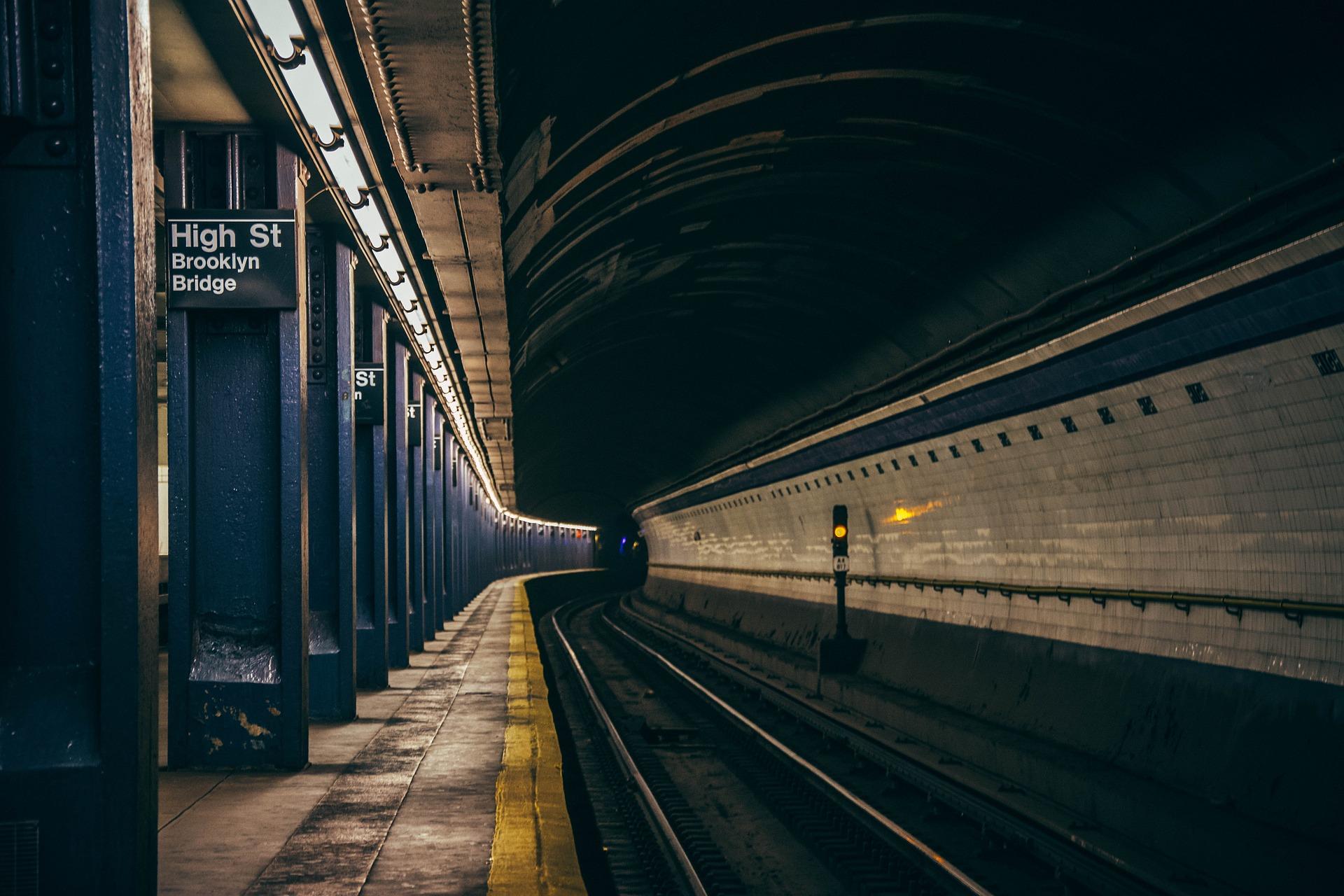 subway-2893846_1920_1560255867705.jpg